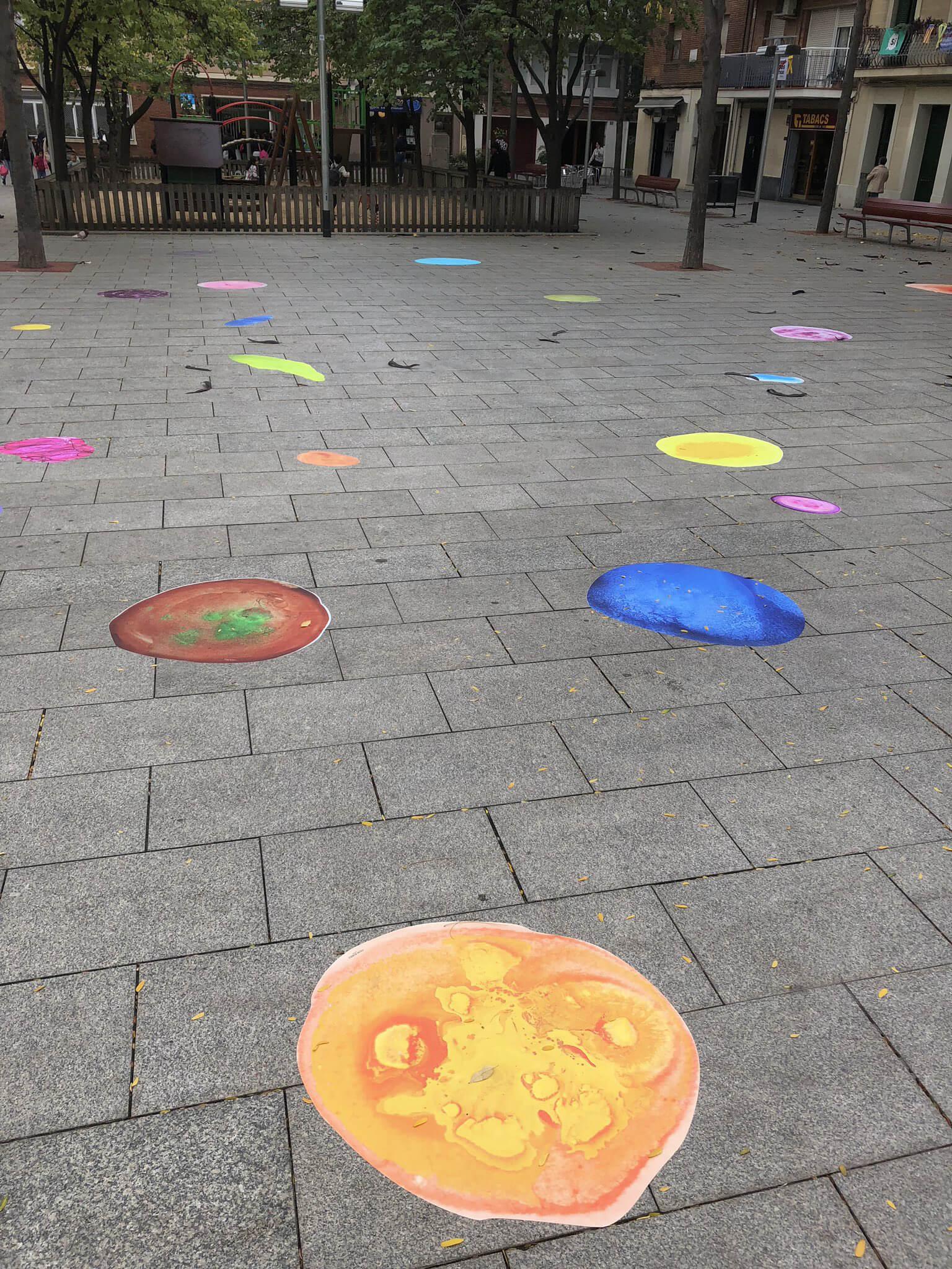 Bubbles de colores en las calles de Barcelona