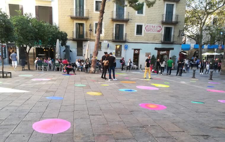 Bubbles en las calles del distrito de Nou Barris en Barcelona
