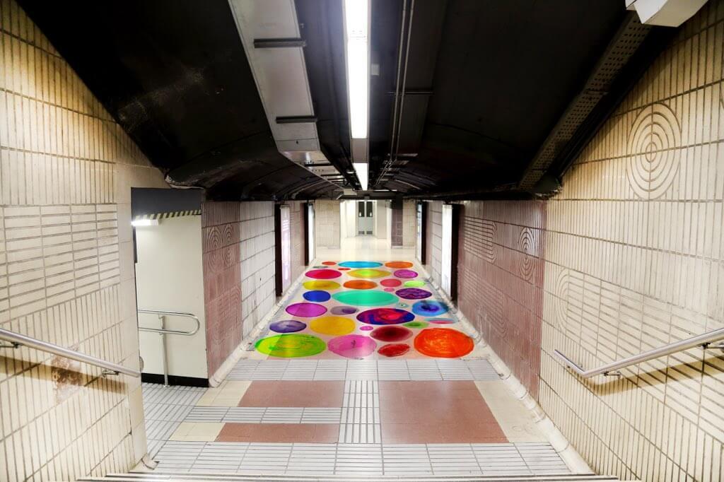 Bubbles en el metro de Barcelona